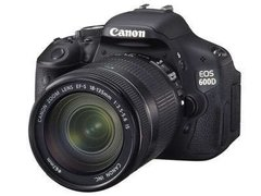 Canon EOS 600D, 18 mp, kit comp